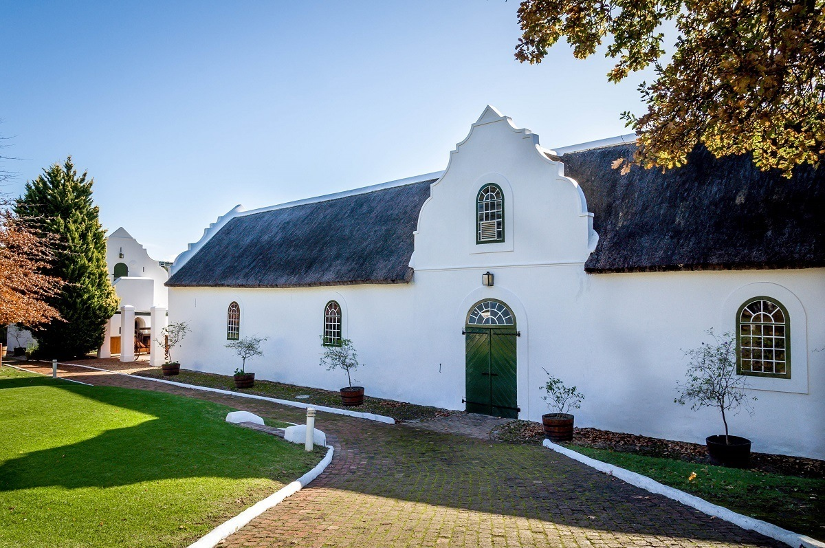 Exploring the south africa wine region travel addicts for Jardin winery south africa